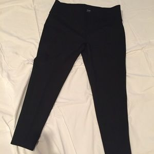 Nygard Slim black pull on pants / leggings XL